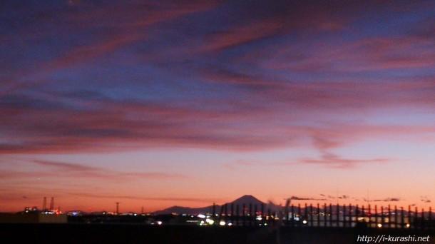 窓から見えた富士山